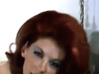 Foxy Lady - Antique 60s Giant Tits Striptease