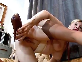 Sexy Blonde Saffy Fucks Twat With High-heeled Shoes In Antique Nylons And Underwear