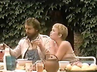 Horny Fledgling Wifey, Antique Fuckfest Scene