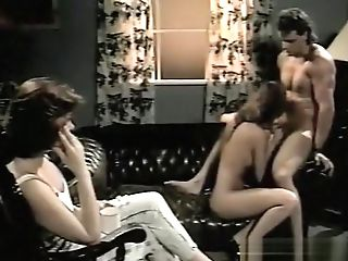 Thirsty Chicks - Scene 12