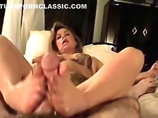 Footjob With Gorgeous Feet And Jism - Retro Clip But Superb!