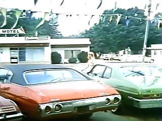 Hot 1970s Blondie Screwed In A Parking Lot